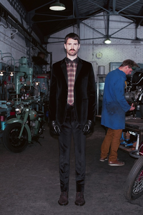 givenchy ahoodie 17 Who let the dogs out? Givenchys Pre Fall 2013 Lookbook