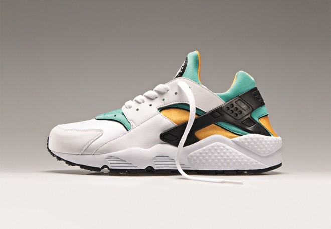 HUARACHE OG AHOODIE 1 660x458 The Nike Air Huarache is BACK