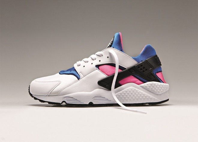 HUARACHE OG AHOODIE 2 660x475 The Nike Air Huarache is BACK